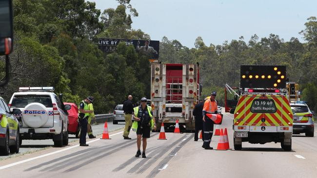 An accident on the northbound section of the M1 at Coomera is forcing traffic from four lanes to one. Photo: Jodie Richter