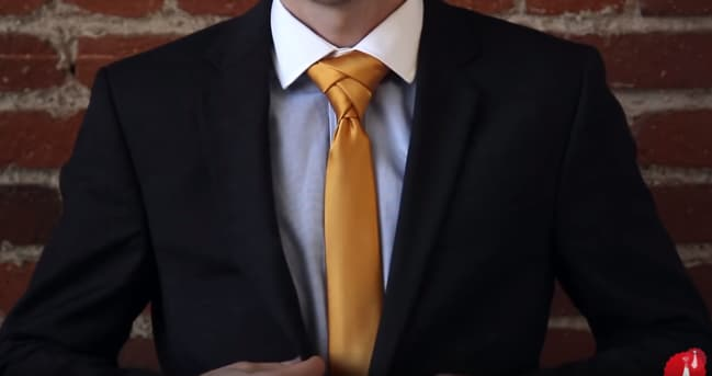 The Eldredge knot is the most complex of tie knots, and can be achieved in 14 steps.