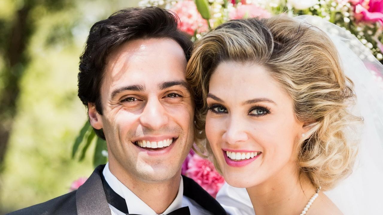 Delta Goodrem Recreates Olivia Newton-Johns Wedding To -5030