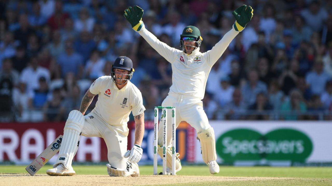 Ben Stokes survives an LBW appeal by Tim Paine off the bowling of Nathan Lyon.