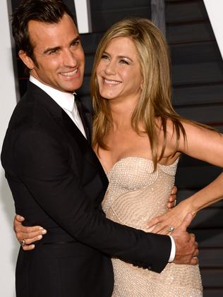 Howard Stern dishes the dirt on Aniston and Theroux's secret