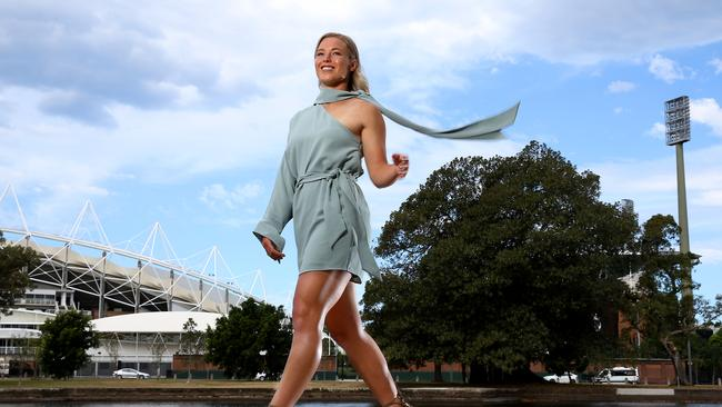 Sevens star Emma Tonegato all glammed up ahead of the Rugby Australia awards.
