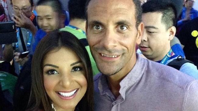 Jale grabs a selfie with former England star Rio Ferdinand. For more of her magic follow @JaleBerahimi.
