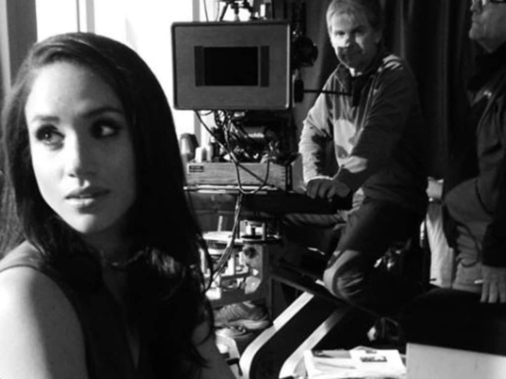 "Behind the scenes of the series <span id=""U70773619573bFD"" style=""font-weight:normal;font-style:italic;"">Suits</span>. Meghan Markle wishes to return to actress mode. Picture: Instagram/Patrick Adams"