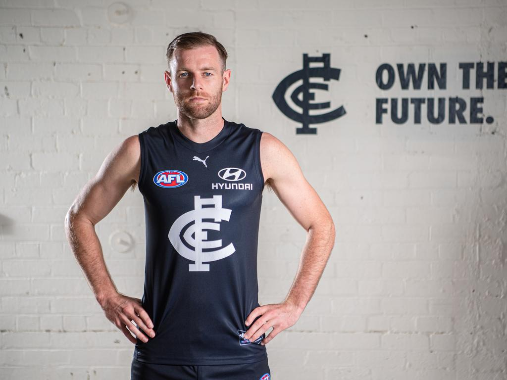 Carlton New Kit