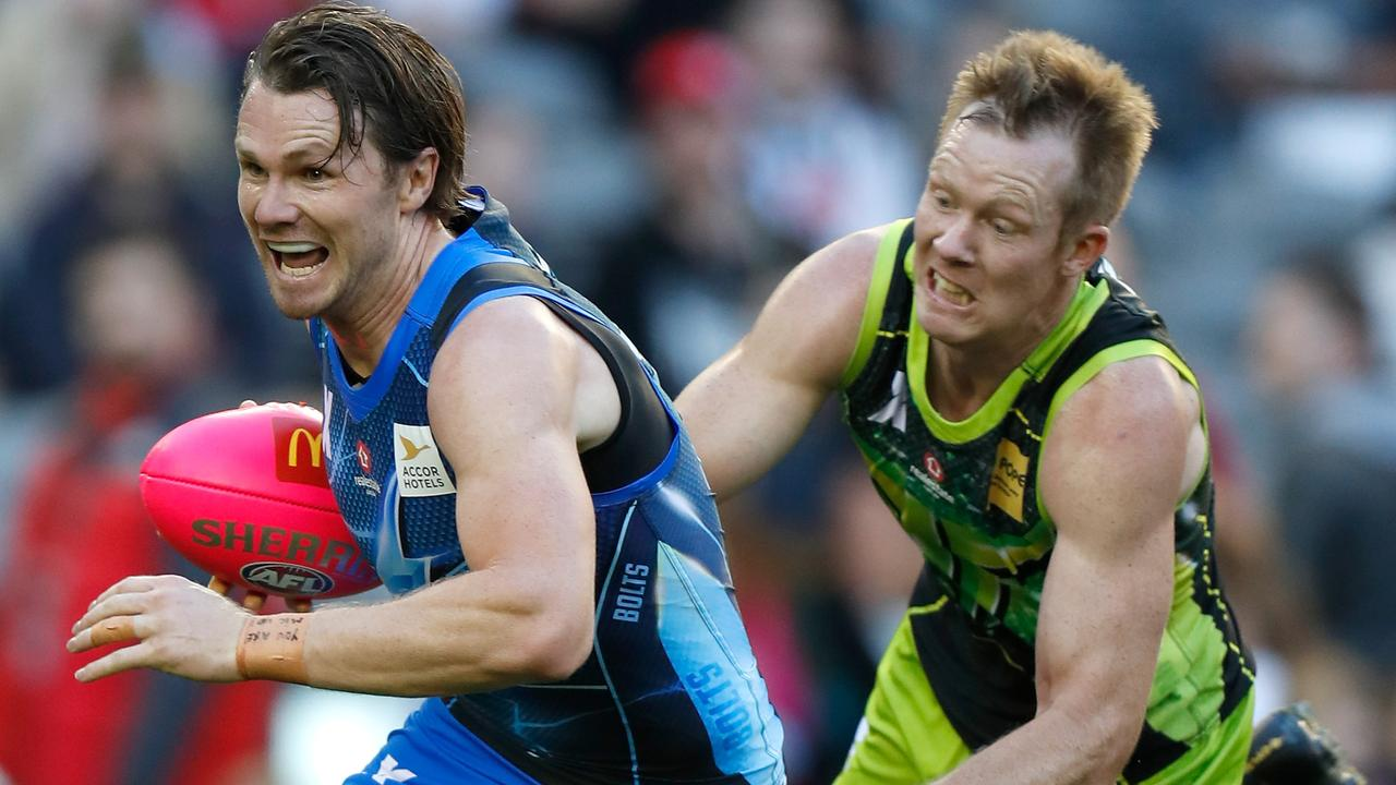 Bolts captain Patrick Dangerfield and Rampage captain Jack Riewoldt playing in the AFLX tournament this year. (Photo by Michael Willson/AFL Media)