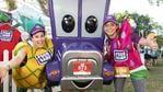 Lorelle Silveira and Katja Graieg from Foodbank at Bridge to Brisbane 2019 at South Bank, Sunday, August 25, 2019 (AAP Image/Richard Walker)