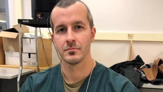 """Chris Watts not only keeps a photo of his murdered family in his cell, but says he reads """"to his daughters"""" every night."""