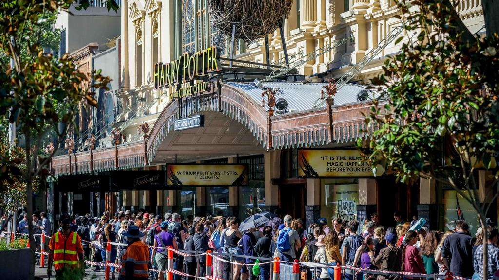 Harry Potter and the Cursed Child Melbourne show: Fans queue