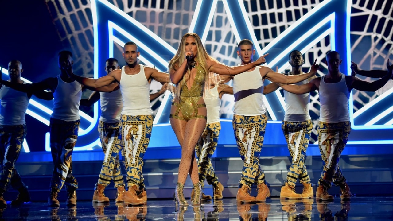 J.Lo steals show at MTV Video Music Awards