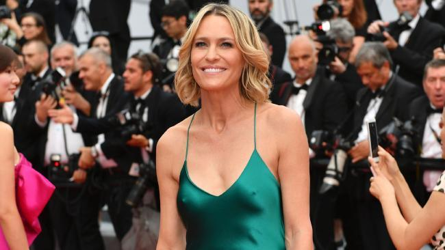 Robin Wright wasn't afraid to go braless in Cannes. Image: Loic Venance / AFP