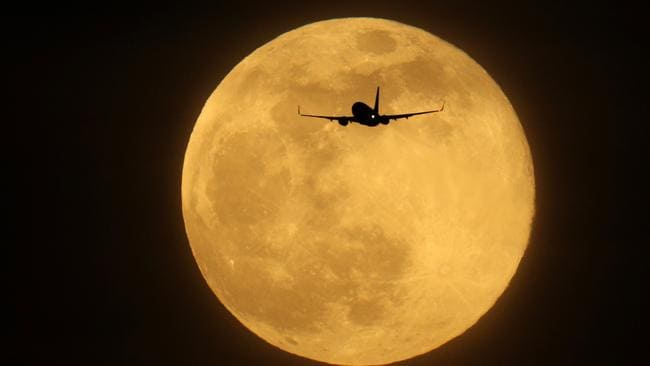 Social media awash with supermoon pics from around the world