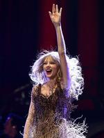 <p>Taylor Swift performs live on stage at the The Burswood Dome on March 2, 2012 in Perth, Australia. (Photo by Paul Kane/Getty Images)</p>