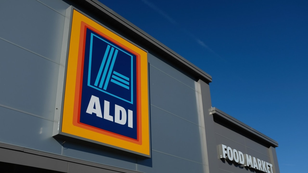 Aldi offering new recruits $100,000 salary