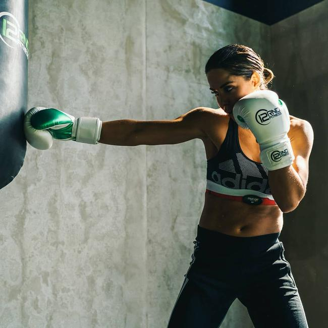Apart from packing a mean punch, Ellice is a clinical nutritionist. She was the head of nutrition at F45.