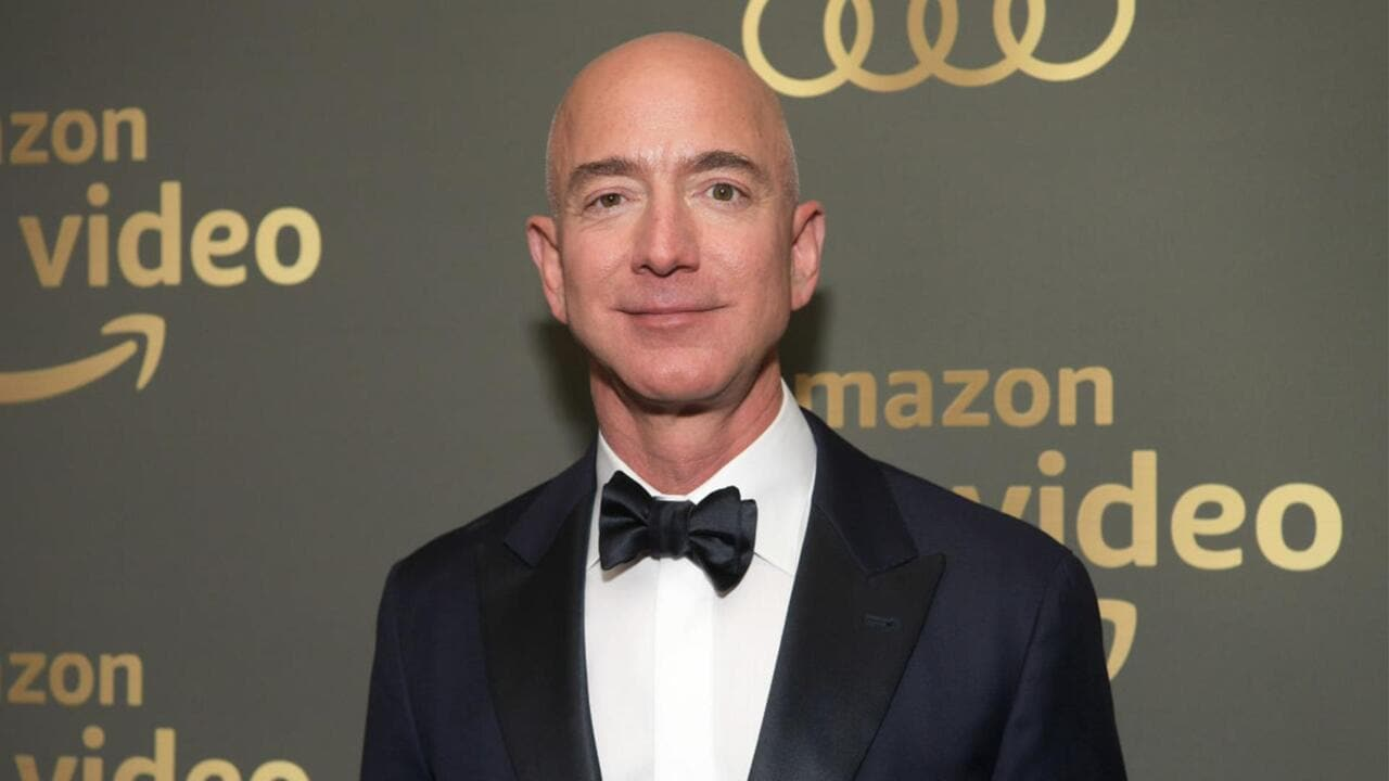 Jeff Bezos Escalates Fight With National Enquirer, David Pecker