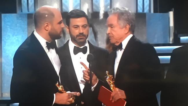 Kimmel confirms it is indeed Moonlight which won Best Picture.
