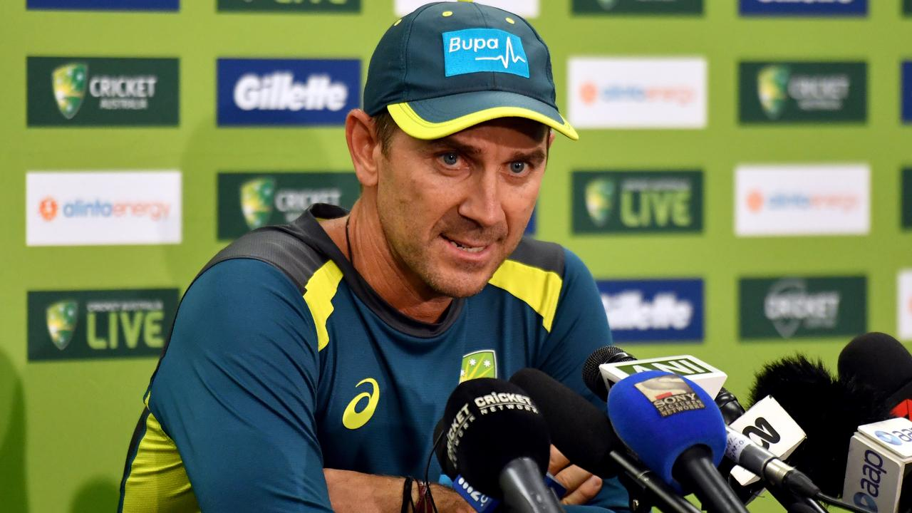 Justin Langer bit back when questioned about Glenn Maxwell's non selection