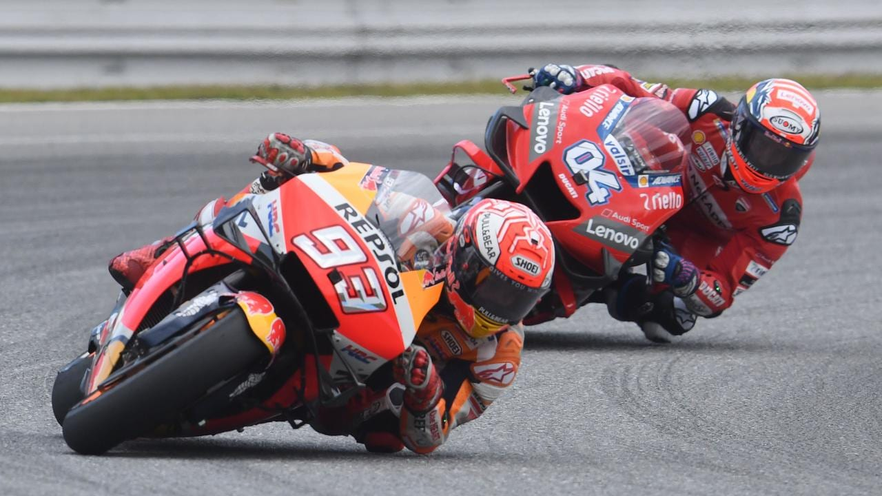 Marquez hounded by Dovizioso in Brno last weekend.