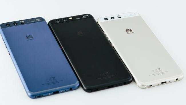Huawei P10 comes in three colours.