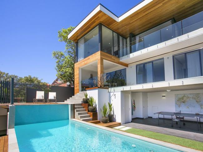 For $7500 a week, Boy George reportedly rented out this Vaucluse glamour pad.