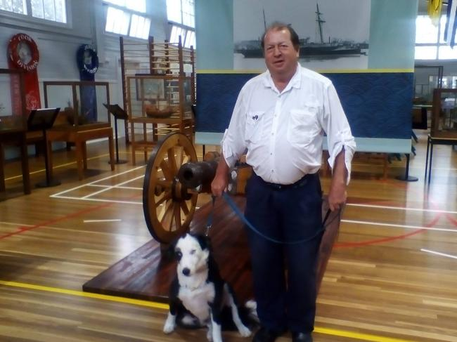 Peter George Reurich and his assistance dog Boofhead. Picture: Supplied.