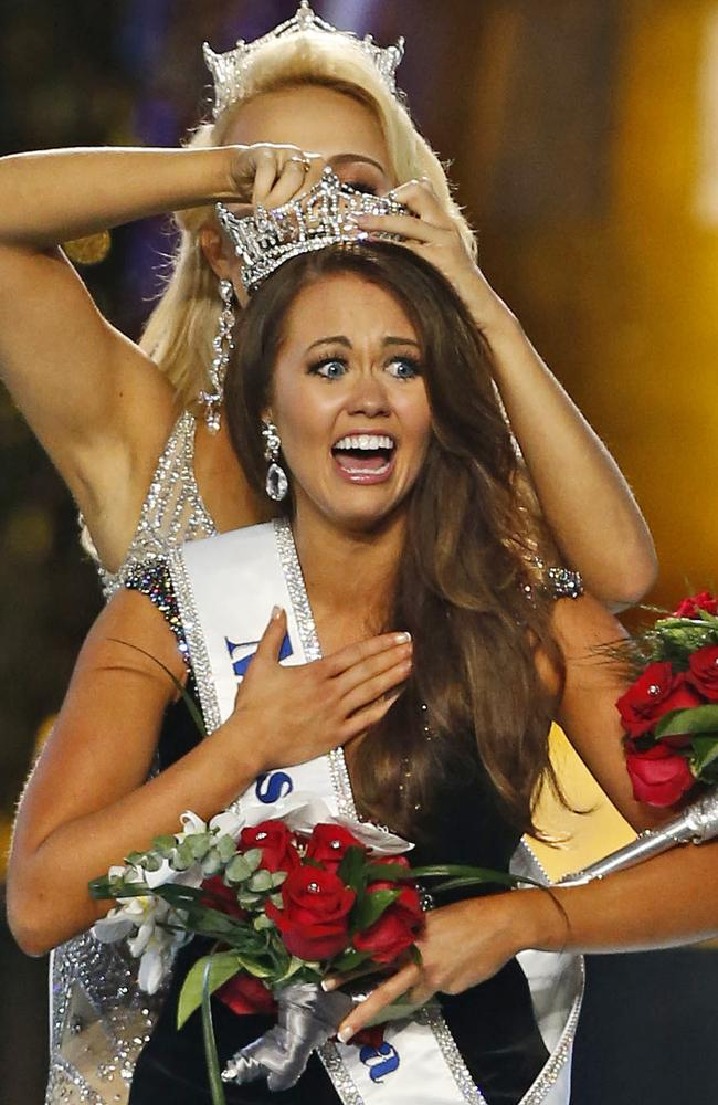 Cara Mund is crowned Miss America 2018. Picture: Noah K. Murray