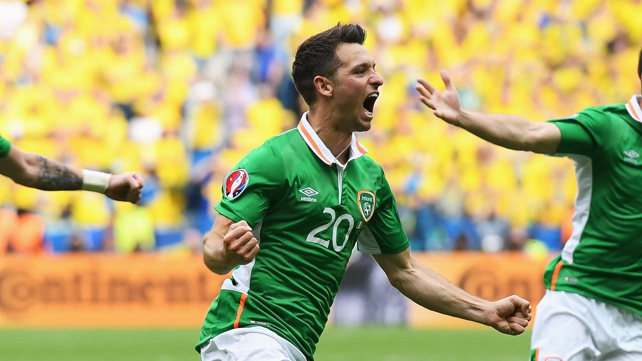 Wes Hoolahan is set to join the Newcastle Jets.