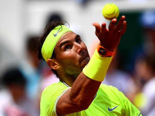 PRafael Nadal serves to Yannick Maden.