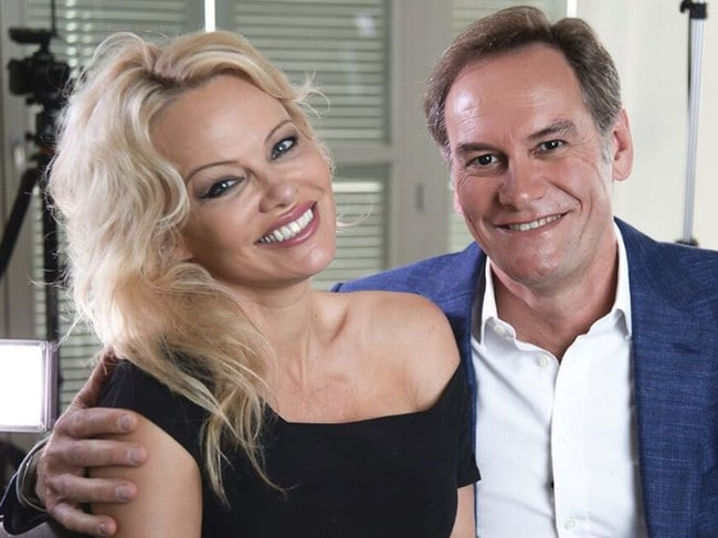 Pamela Anderson with 60 Minutes reporter Liam Bartlett.