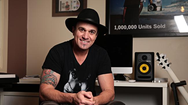 Watch Shannon Noll tour his last album  <i>Unbroken </i>this weekend. Picture: Adam Yip