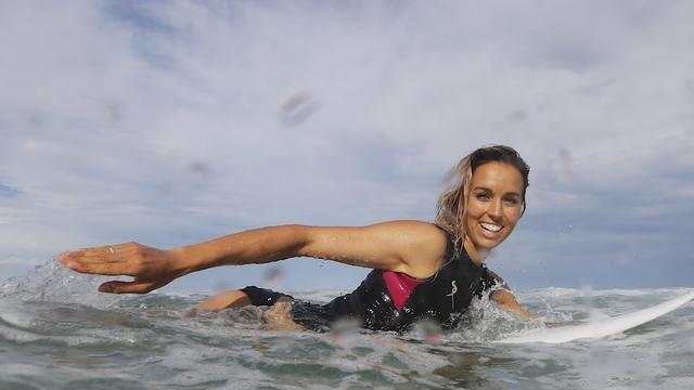 Sally Fitzgibbons inspired by Aussie greats, for surf title race