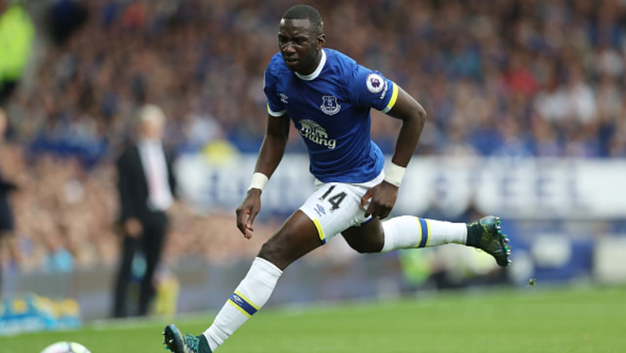 Yannick Bolasie of Everton chases the ball down against Stoke in 2016.