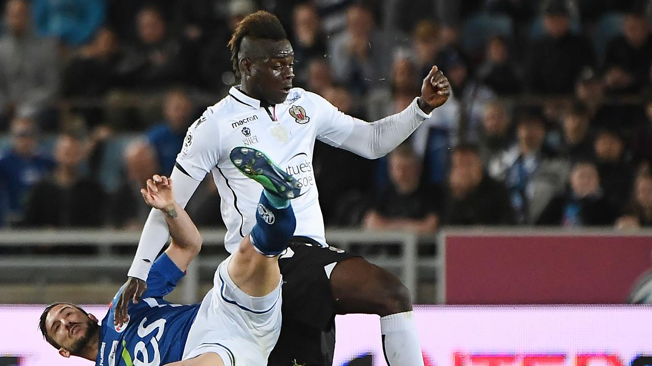 Nice's Italian forward Mario Balotelli could return to the Premier League. / AFP PHOTO / FREDERICK FLORIN