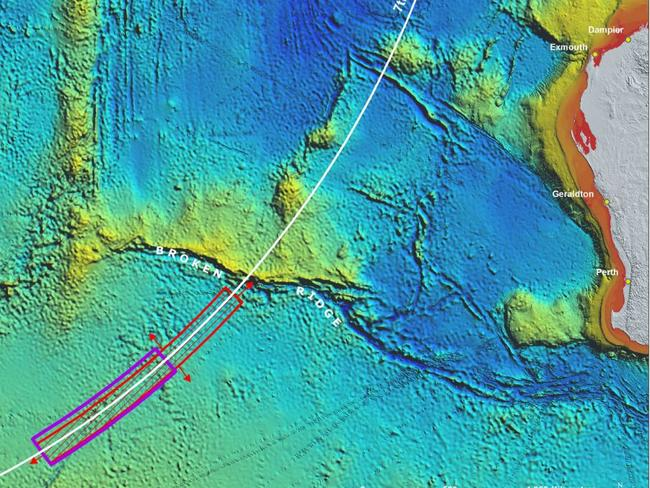 Mearns said Australian authorities have been targeting the wrong search area in the hunt for MH370