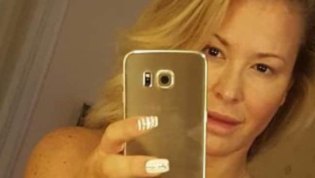 Anastacia reveals naked selfie to celebrate after