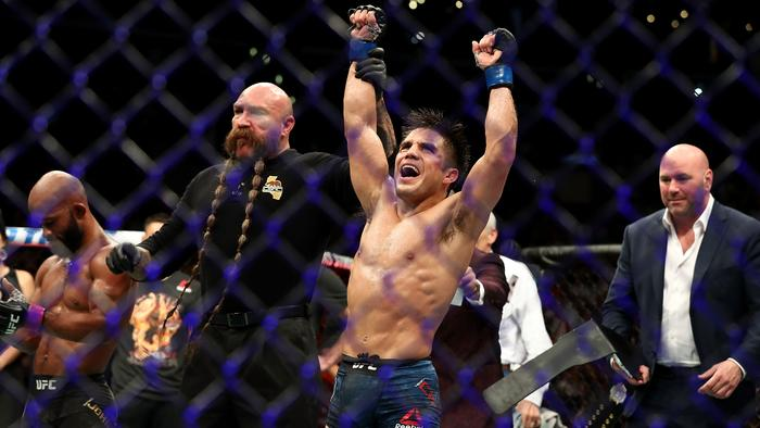 UFC forced to postpone UFC 233 because first pay per view of 2019 didn't have a main event