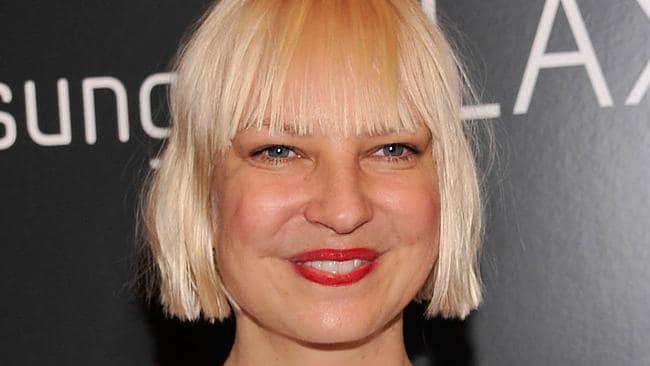 Sia: Sia Nude Photos: Singer Tweets Legendary Response To Leak