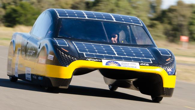 Currently the battery pack and solar panels mean the car can reach distances of 800km from a single charge.