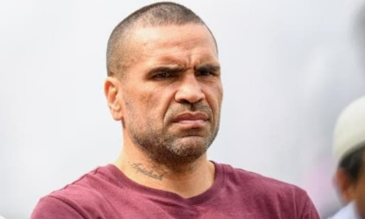 Anthony Mundine responds to controversial anti-vax tweet
