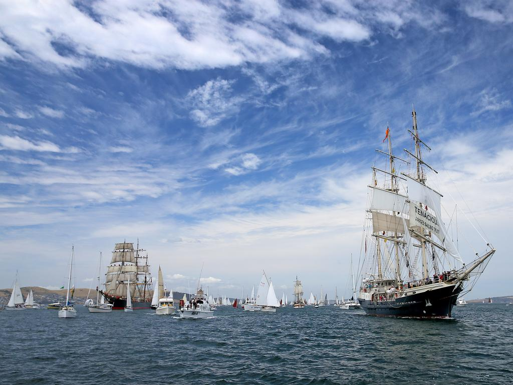 Wooden Boat Festival Parade Of Sail Gold Coast Bulletin