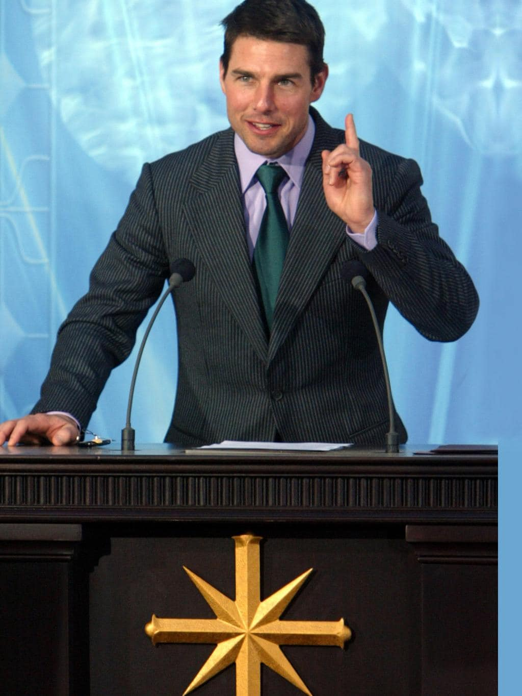 Tom Cruise Reportedly Bans All Non-Scientologists From ...