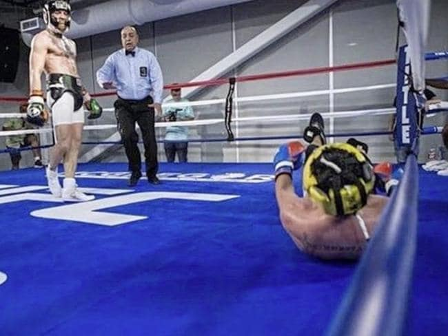 The image that led to Paulie Malignaggi's departure from the camp.