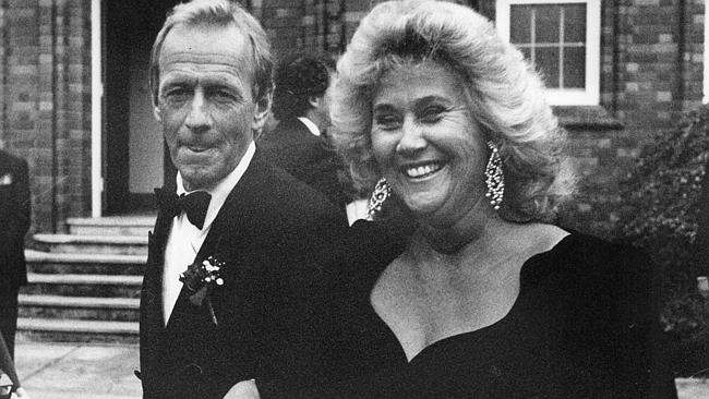 Paul Hogan and first wife Noelene.