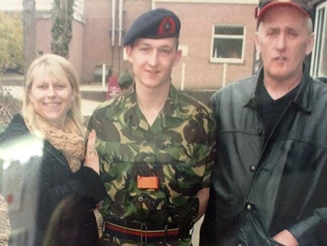 Carl lad marines