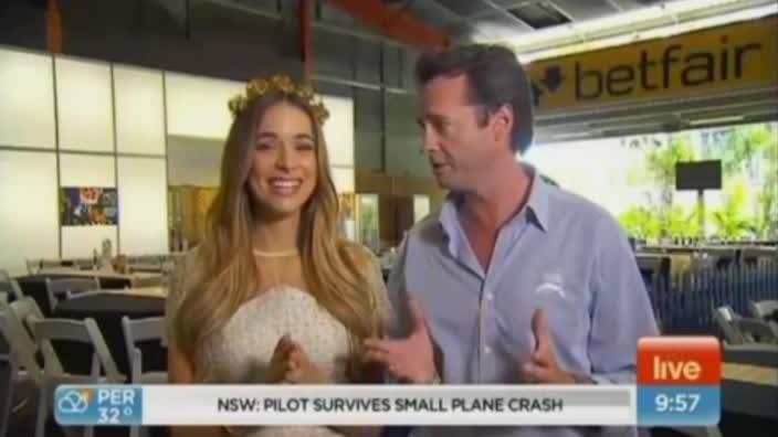 Hamish McLachlan apologises for hugging Miss Universe Australia on Sunrise