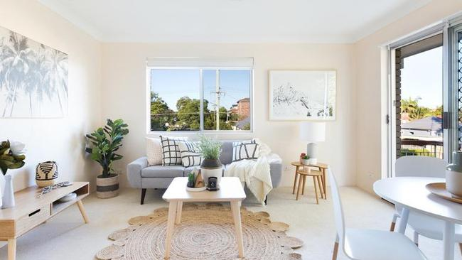 8A/31 Quirk Rd, Manly Vale recently resold for $655,000 after just a week on the market. This was $269,000 higher than the $386,000 it sold for in 2013.