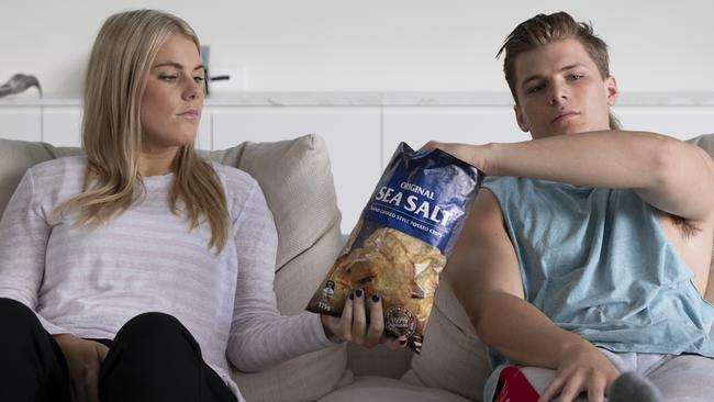Brooke and Jackson star in Kayo's TVC ahead of the Cricket World Cup.
