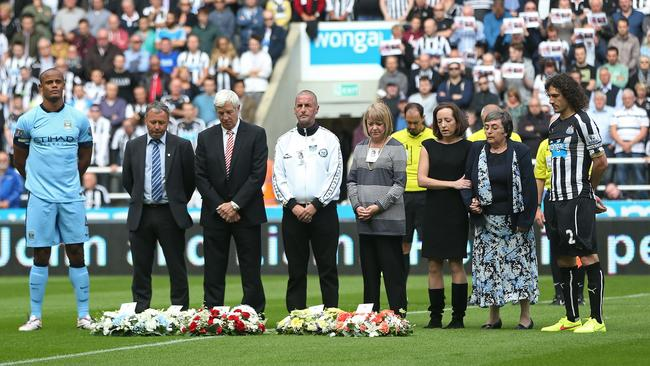 Newcastle United and Manchester City pay tribute to John Alder and Liam Sweeney.