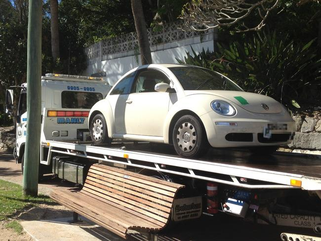 Car gets stuck at Shelly Beach boat ramp due to GPS | News Local